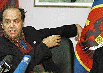 Ibrahim Rugova était le chef de fil des indépendantistes kosovars, primé en 1998. Il était pacifique.