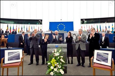 Le prix Sakharov 2012 a été remis aux Iraniens Pahani et Sotoudeh... en leur absence. Ils sont restés prisonniers en Iran.